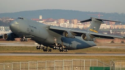 86-0017 - Lockheed C-5B Galaxy - United States - US Air Force (USAF)