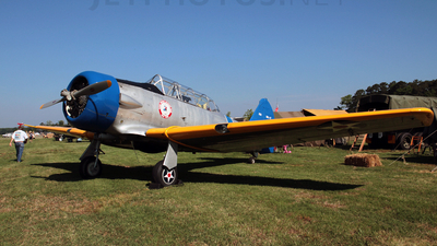 N55729 - North American SNJ-2 Texan - Private