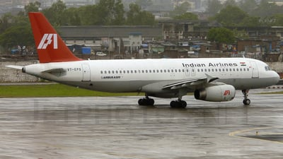 VT-EPS - Airbus A320-231 - Indian Airlines
