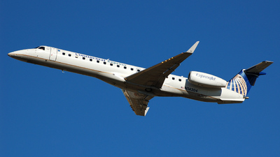 N14204 - Embraer ERJ-145XR - Continental Express (ExpressJet Airlines)