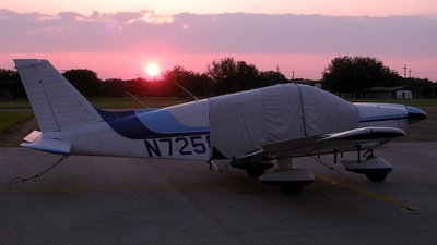 A picture of N7258C - Piper PA28181 - [287690063] - © RyRob