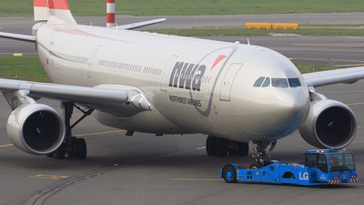 N815NW - Airbus A330-323 - Northwest Airlines