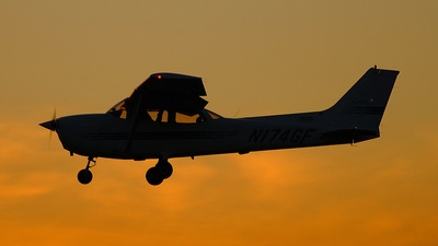 N174GF - Cessna 172R Skyhawk II - Private