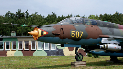 507 - Sukhoi Su-22UM3K Fitter - Poland - Air Force