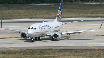 N17640 - Boeing 737-524 - Continental Airlines