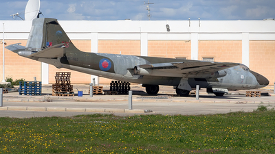 WT483 - English Electric Canberra T.4 - United Kingdom - Royal Air Force (RAF)