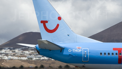 G-THOP - Boeing 737-3U3 - Thomson Airways