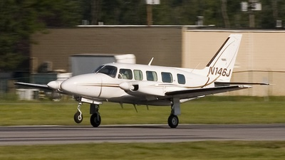 A picture of N146J - Piper PA31350 - [317852005] - © Daniel Evans