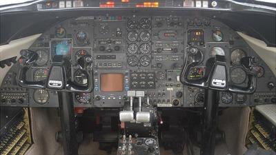 N299MW - Gates Learjet 25 - Private