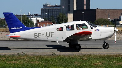 A picture of SEIUF - Piper PA28181 Archer II - [2890069] - © Peter Menner