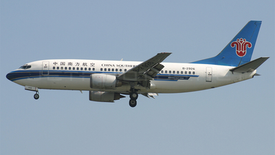 B-2926 - Boeing 737-31B - China Southern Airlines