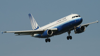 N488UA - Airbus A320-232 - United Airlines