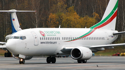 VQ-BAP - Boeing 737-322 - Tatarstan Airlines