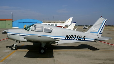 N901EA - Piper PA-28-140 Cherokee D - Private