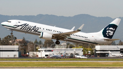 N581AS - Boeing 737-890 - Alaska Airlines
