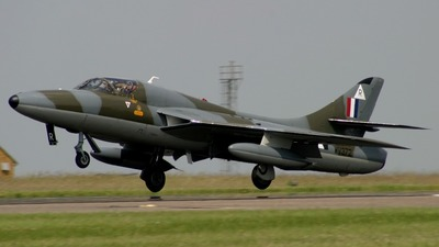 WV372:R - Hawker Hunter - Private