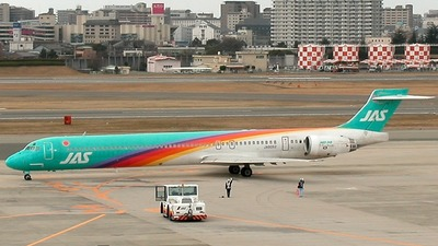 JA8062 - McDonnell Douglas MD-90-30 - Japan Air System (JAS)