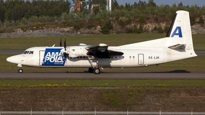 SE-LJH - Fokker 50 - Amapola Flyg