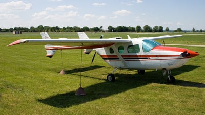 A picture of N444HR - Cessna 337H Super Skymaster - [33701900] - © THPlanespotting