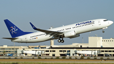 EC-JFB - Boeing 737-86N - Futura International Airways