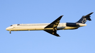 F-GMLI - McDonnell Douglas MD-83 - Blue Line