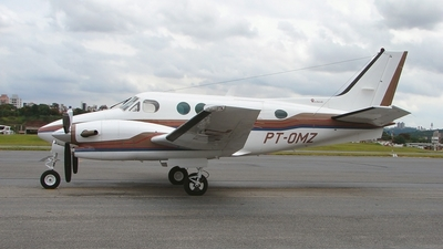 PT-OMZ - Beechcraft C90A King Air - Private
