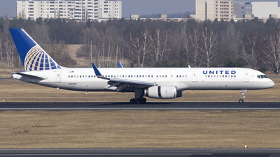 N12109 - Boeing 757-224 - United Airlines (Continental Airlines)