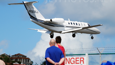 N303CJ - Cessna 525B CitationJet 3 - Private