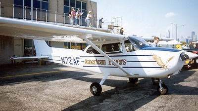 A picture of N72AF - Cessna 172R Skyhawk - [17280070] - © Senga Butts