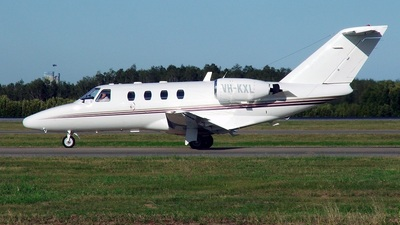 VH-KXL - Cessna 525 CitationJet 1 - Edwards Coaches