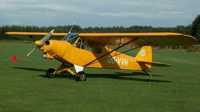 OO-VVH - Piper PA-18 Super Cub - Private