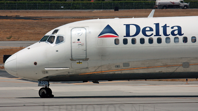 N901DA/N901DA aviation photos on JetPhotos