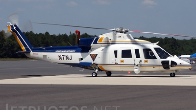 N7NJ - Sikorsky S-76B - United States - New Jersey State Police