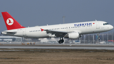 TC-JLA - Airbus A320-214 - Turkish Airlines