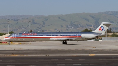 N413AA - McDonnell Douglas MD-82 - American Airlines