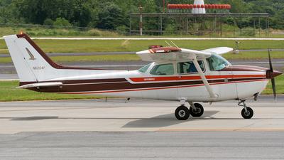 A picture of N6204F - Cessna 172N Skyhawk - [17273165] - © Tomás Cubero Maingot - SJO Spotter