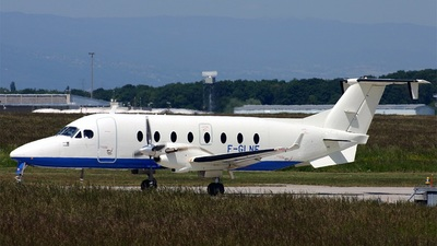 F-GLNF - Beech 1900D - Private