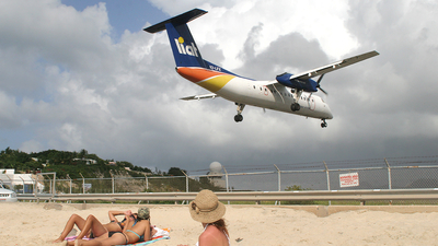 V2-LFX - Bombardier Dash 8-311 - Leeward Islands Air Transport (LIAT)