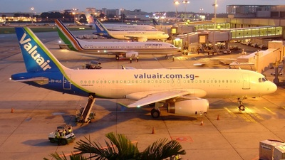 9V-VLD - Airbus A320-232 - Valuair
