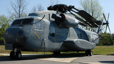 151686 - Sikorsky CH-53A Sea Stallion - United States - US Navy (USN)