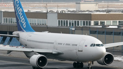 F-OGYP - Airbus A310-324 - Siberia Airlines