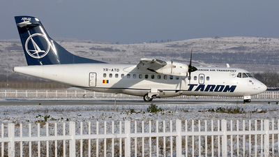 YR-ATD - ATR 42-500 - Tarom - Romanian Air Transport