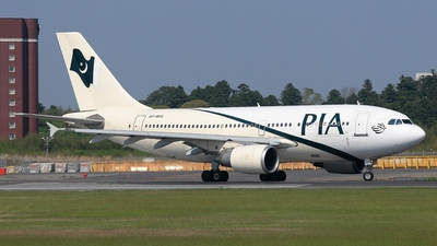AP-BEQ - Airbus A310-308 - Pakistan International Airlines (PIA)