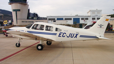 EC-JUX - Piper PA-28-161 Warrior III - Private