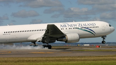 ZK-NCO - Boeing 767-319(ER) - Air New Zealand