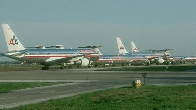 N705TW - Boeing 757-231 - American Airlines