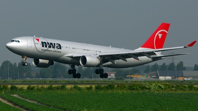 N851NW - Airbus A330-223 - Northwest Airlines