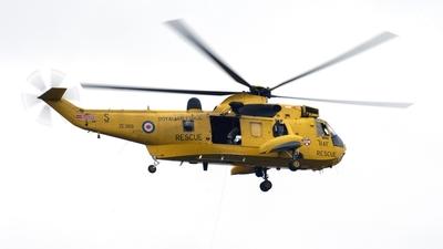 ZE369 - Westland Sea King HAR.3 - United Kingdom - Royal Air Force (RAF)