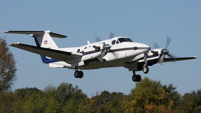 N804 - Beechcraft 200 Super King Air - Private