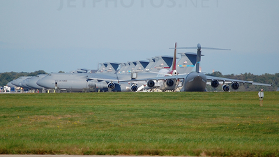 KDOV - Airport - Ramp